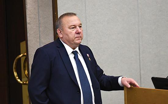 Глава комитета Госдумы по обороне Владимир Шаманов