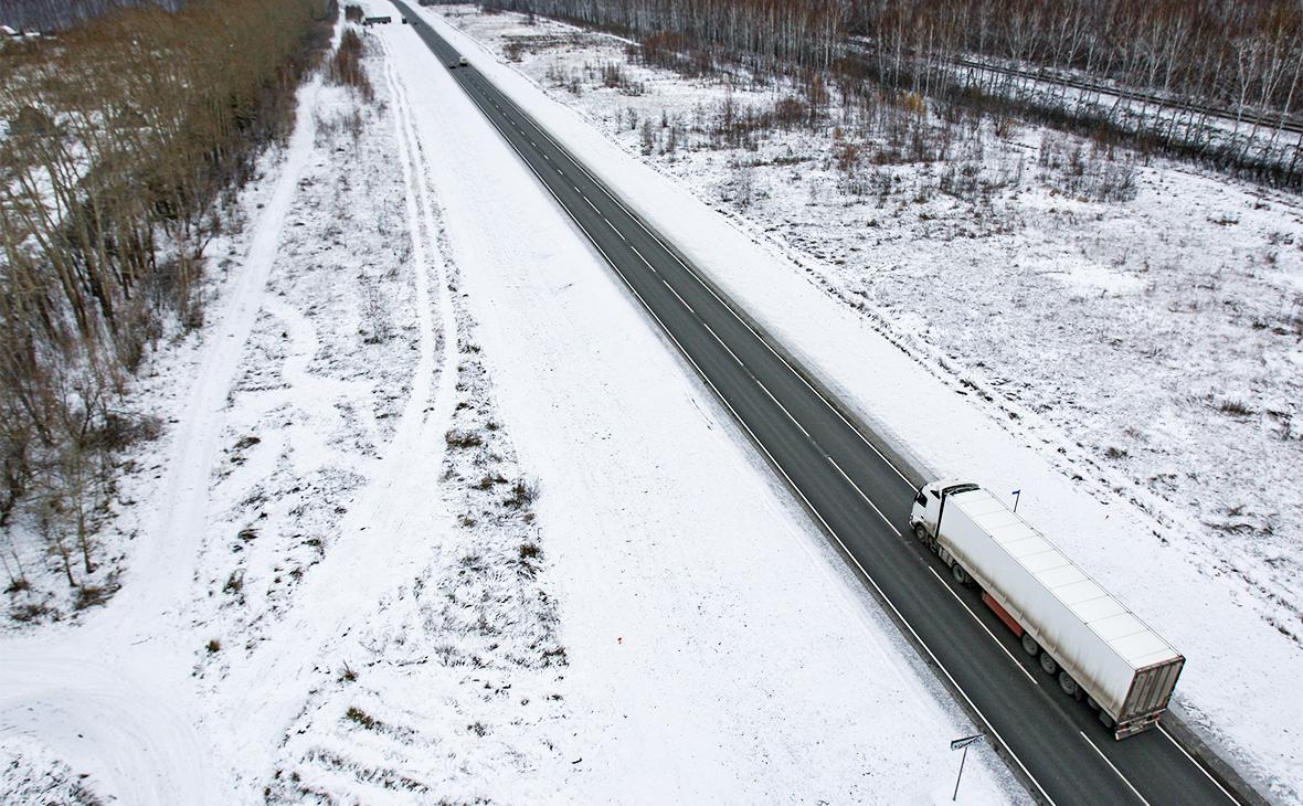 Козак пообещал проверить жалобы транспортных компаний на топливные цены