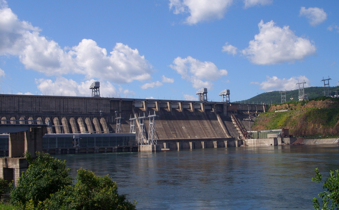 Плотина Красноярской ГЭС. Гидроэлектростанция на Енисее принадлежит компании «ЕвроСибЭнерго», которая входит в состав En+