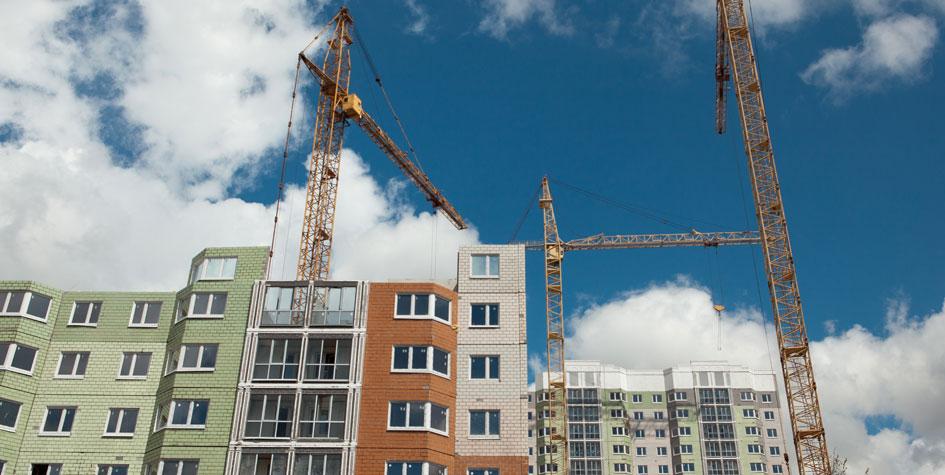 Вид настроящийся жилой дом поадресу Академический район, квартал12, корп. 10, отзастройщика КП «УГС» дляпереселения жителей пятиэтажек