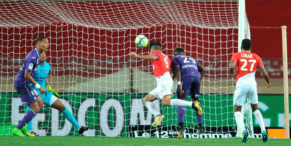 Чемпионат Франции стартовал с победы «Монако»