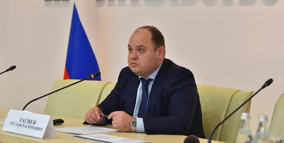 Глава подмосковного Минстройкомплекса Руслан Тагиев