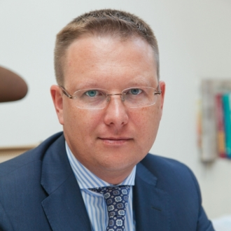 Д.Симонов