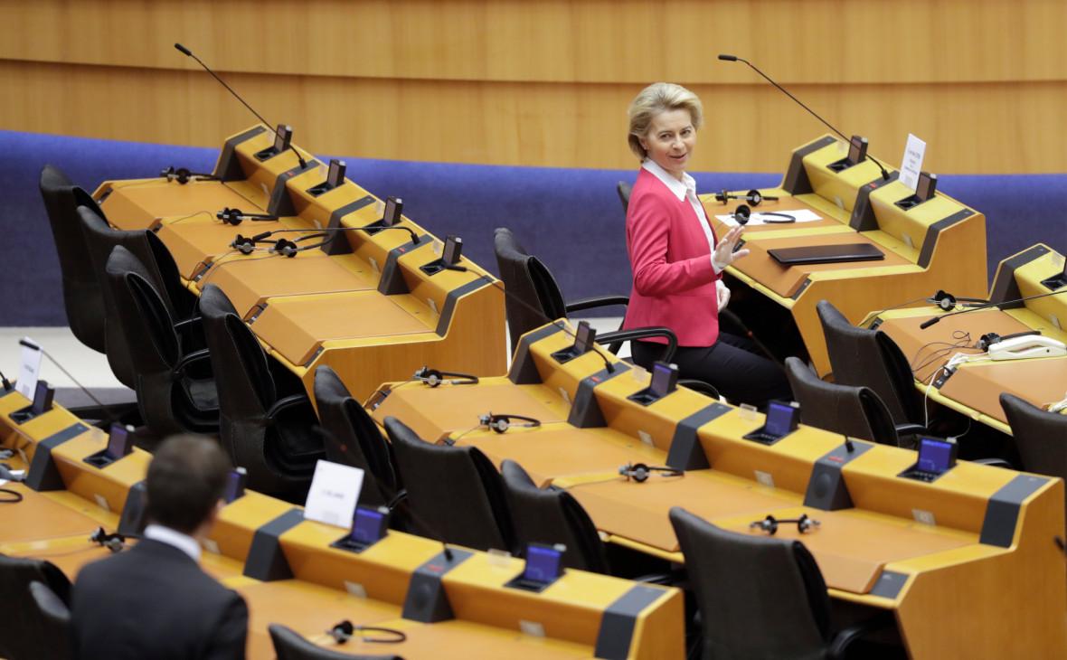 В ЕС согласовали рекордную программу помощи экономике из-за вируса