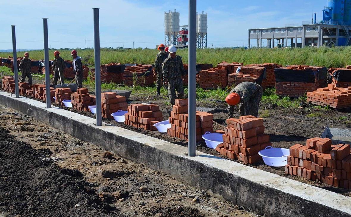 Строительство кирпичногоограждения Амурского НПЗ