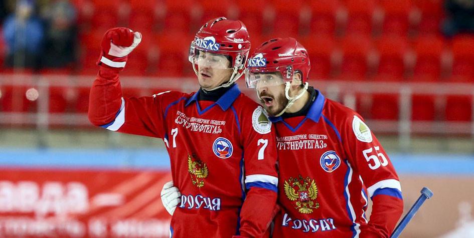 Россия в 14-й раз подряд вышла в финал чемпионата мира по хоккею с мячом
