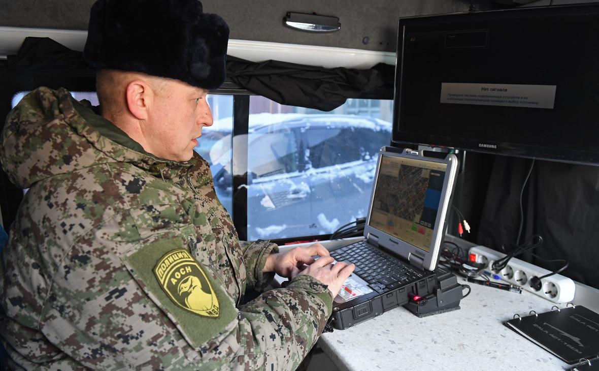 Сотрудник авиационного отряда специального назначения Росгвардии