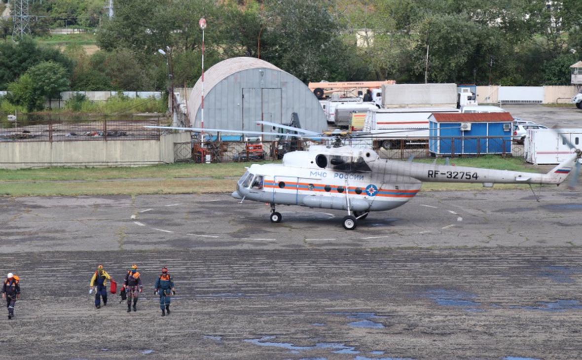 Сотрудники МЧС России при проведении поисково-спасательных работ