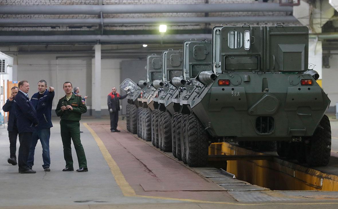 БТР-82А во время сборки на Арзамасском машиностроительном заводе