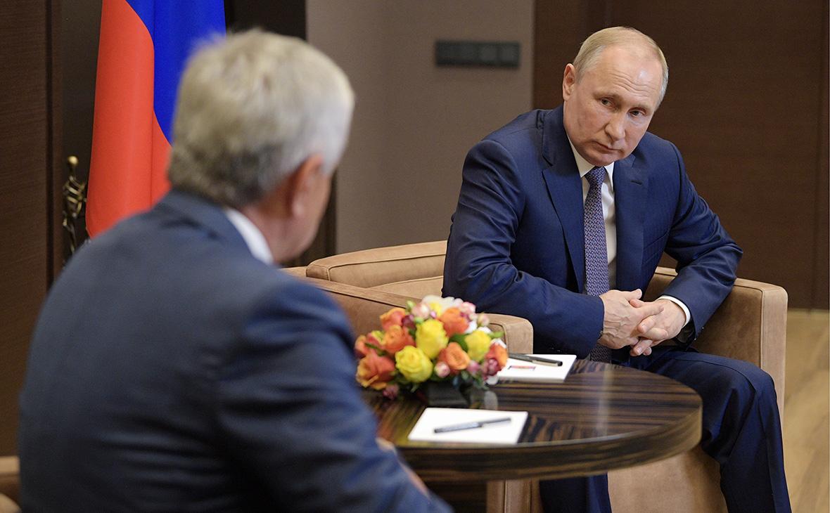 Рауль Хаджимба и Владимир Путин (слева направо)