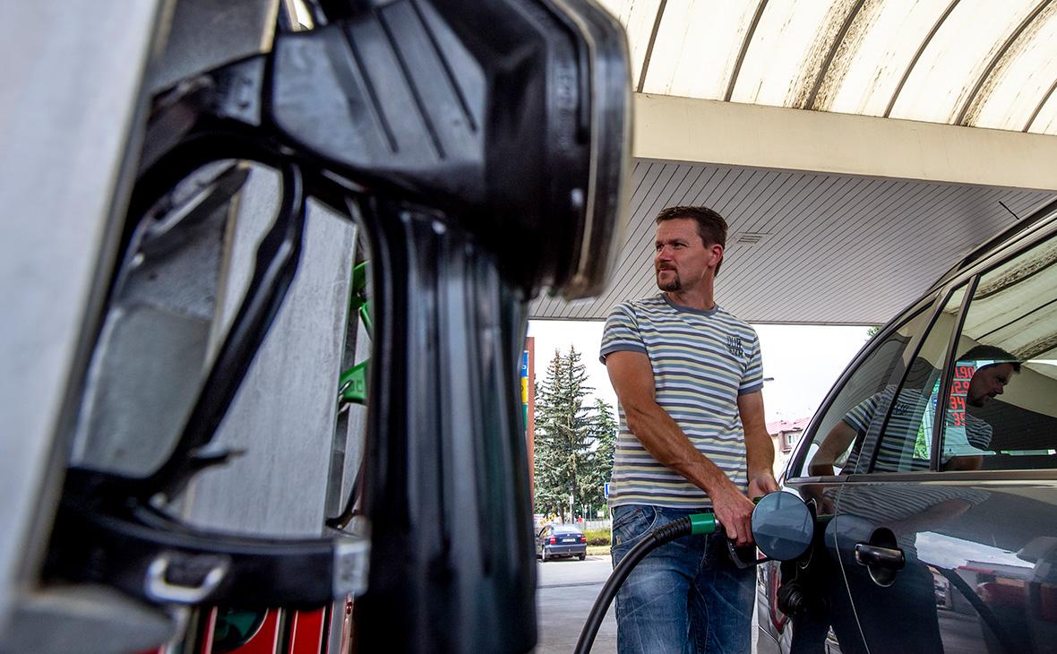 В правительстве решили повысить акцизы на бензин с 1 января