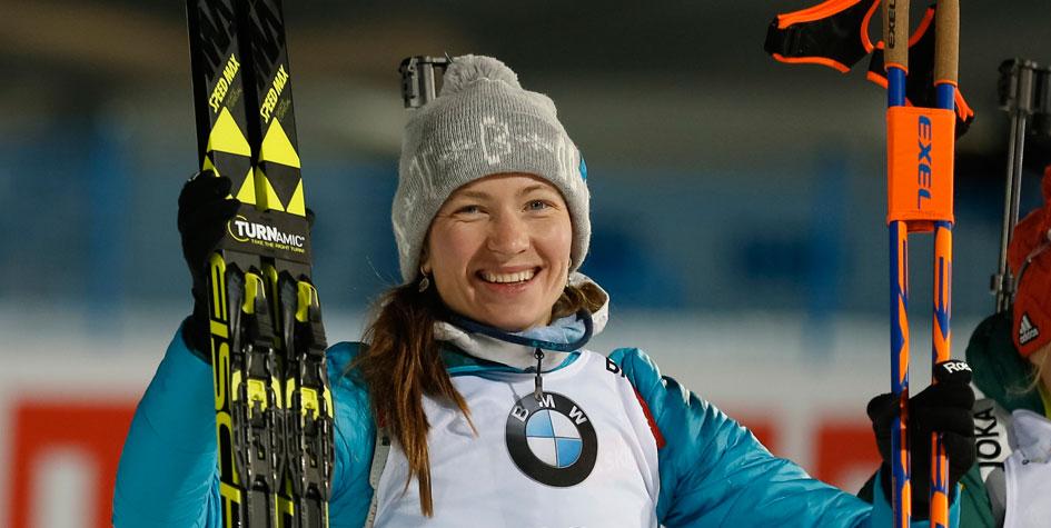 Дарья Домрачева выиграла спринт на этапе Кубка мира