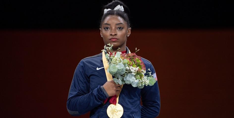 Американская гимнастка повторила рекорд Щербо по количеству медалей на ЧМ