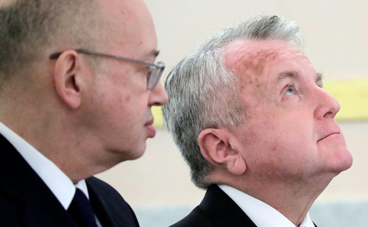 Пьер Леви и Джон Салливан