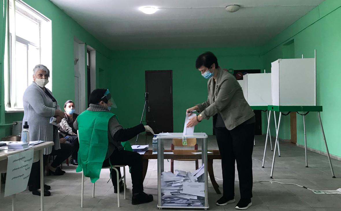 ЦИК Грузии озвучила первые итоги выборов после подсчета 30% голосов