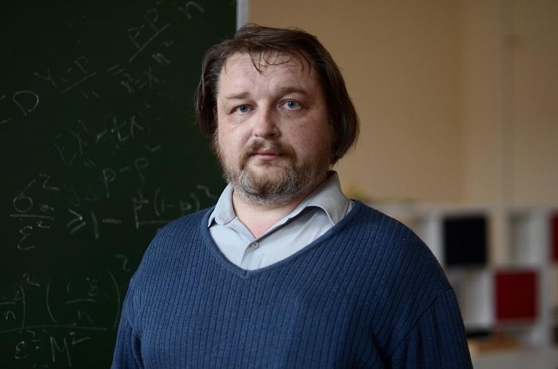 Сергей Иванов,декан факультета математики и компьютерных наук СПбГУ