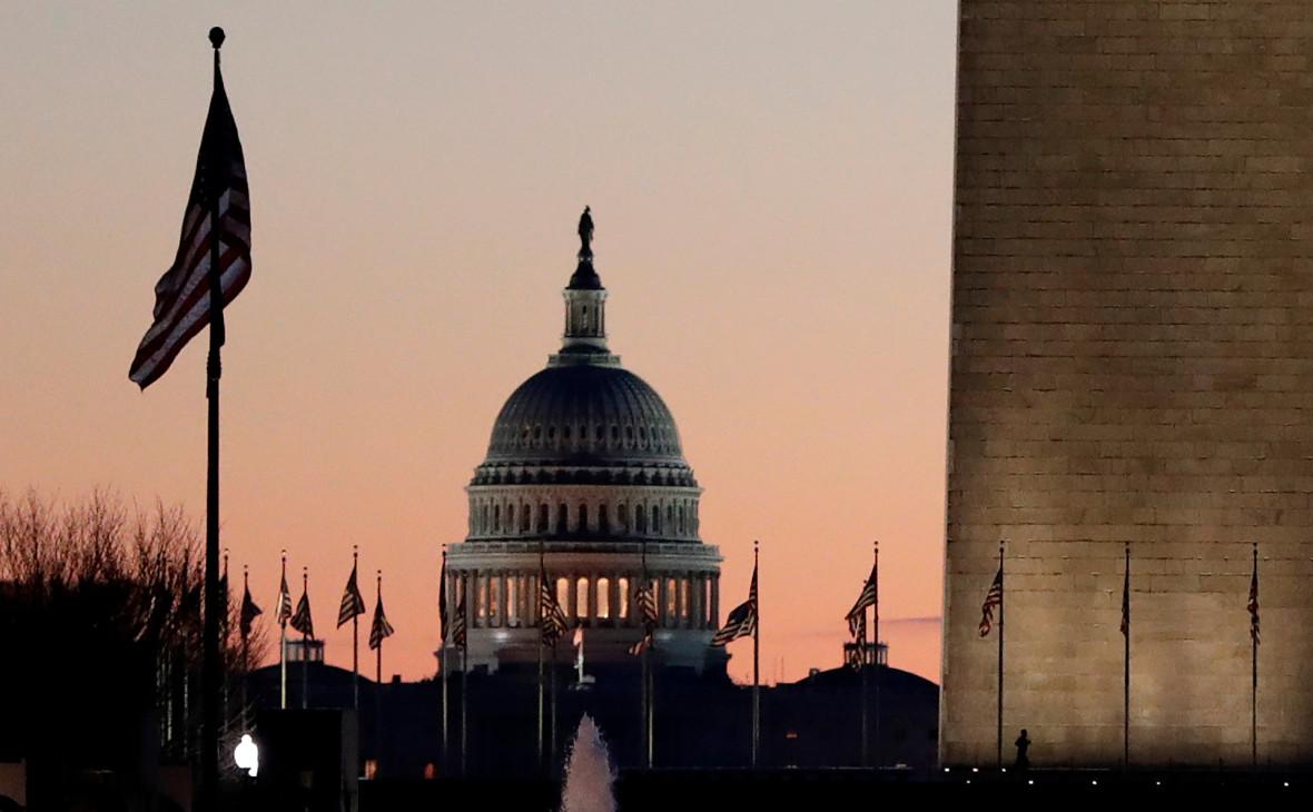 WSJ узнала о планах США изменить правила слежки за подозрительными людьми