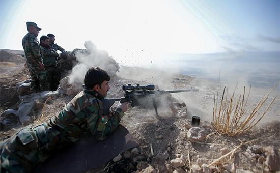 Курды атакуют позиции ИГ во время наступления. Октябрь 2016 года