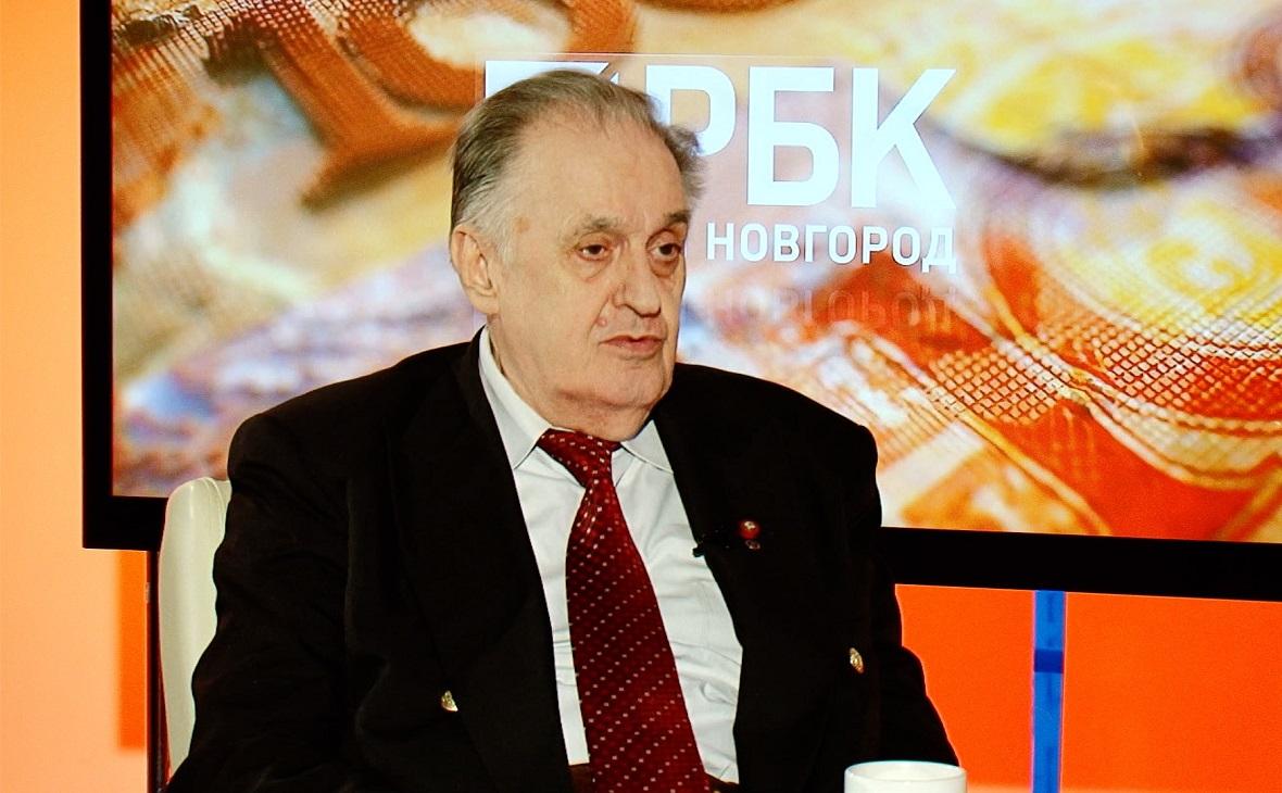 Лев Любимов