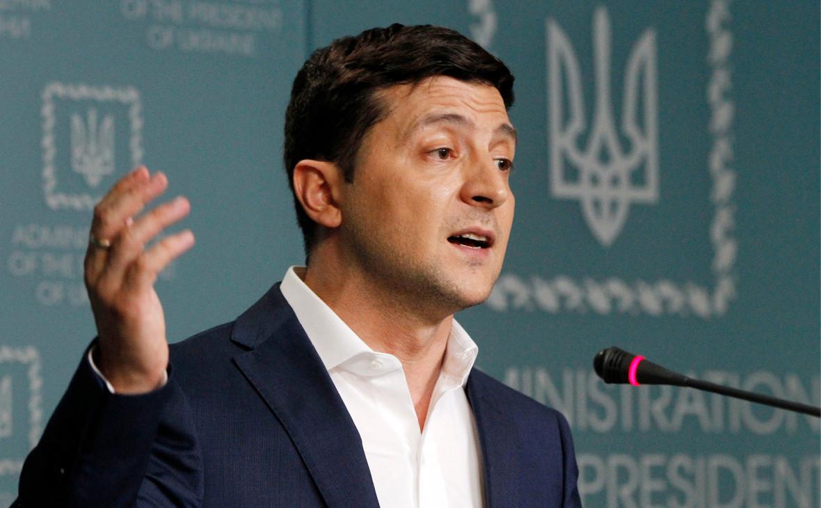 Зеленский допустил наделение русского языка особым статусом в Донбассе