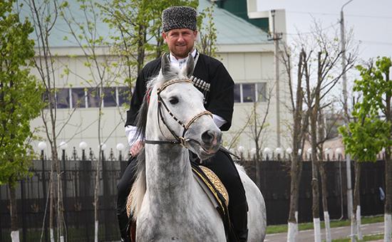 Глава Чеченской Республики Рамзан Кадыров во время праздничных мероприятий, посвященных Дню чеченского языка, в Грозном