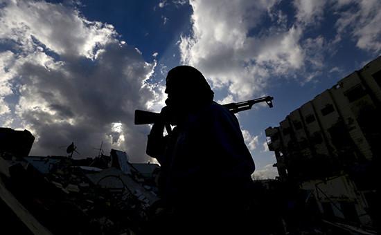 Сирийский оппозиционныйсолдат в провинции Дамаска