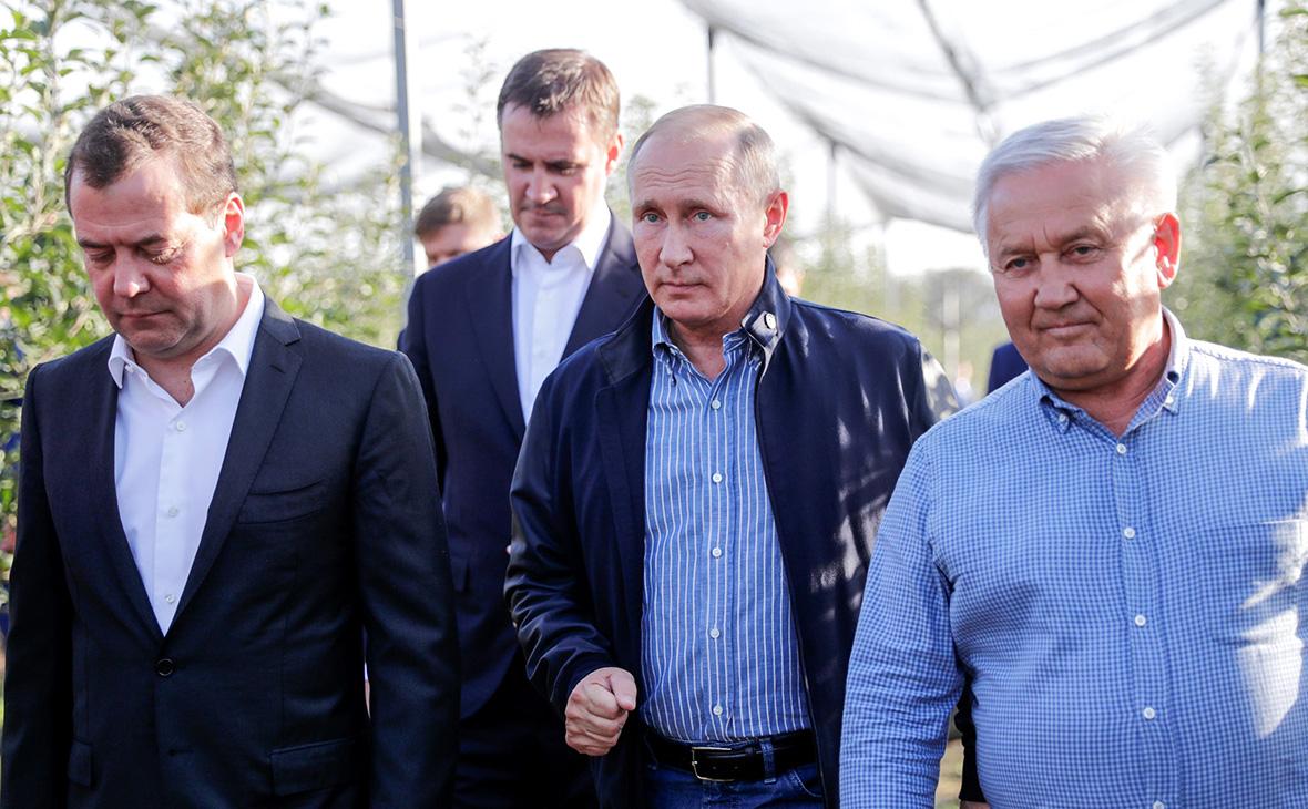 Дмитрий Медведев, Дмитрий Патрушев и Владимир Путин (слева направо)