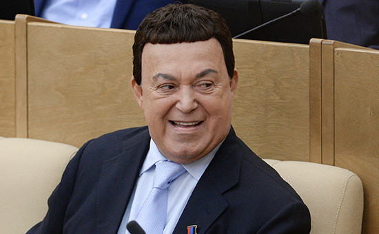 Депутат Иосиф Кобзон на пленарном заседании Государственной Думы РФ