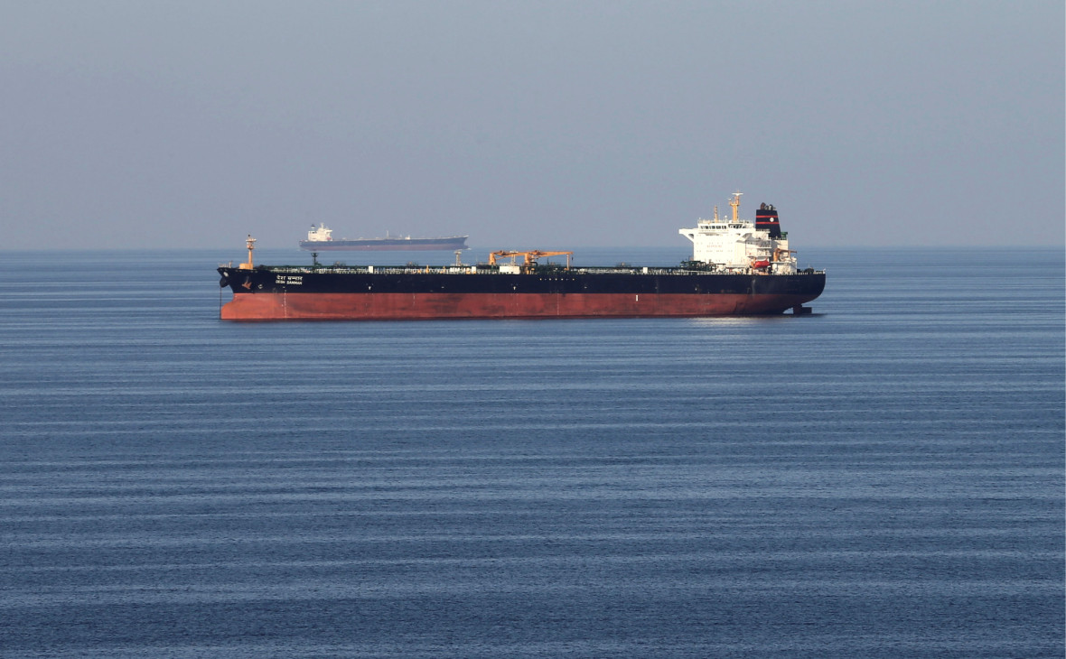 Нефтяной танкер в Ормузском проливе