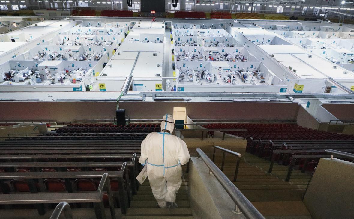 Резервный госпиталь для больных коронавирусом в ледовом дворце «Крылатское»