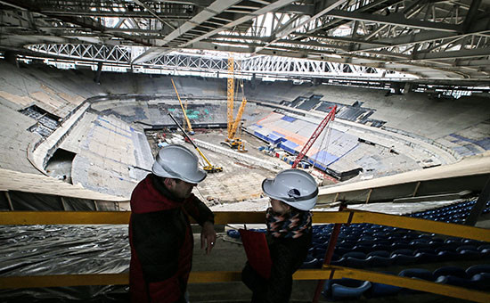 Арена строящегося стадиона «Зенит-Арена» наКрестовском острове.5 апреля 2016 года