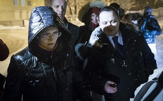 Обвиняемая в госизмене Светлана Давыдова после освобождения из СИЗО