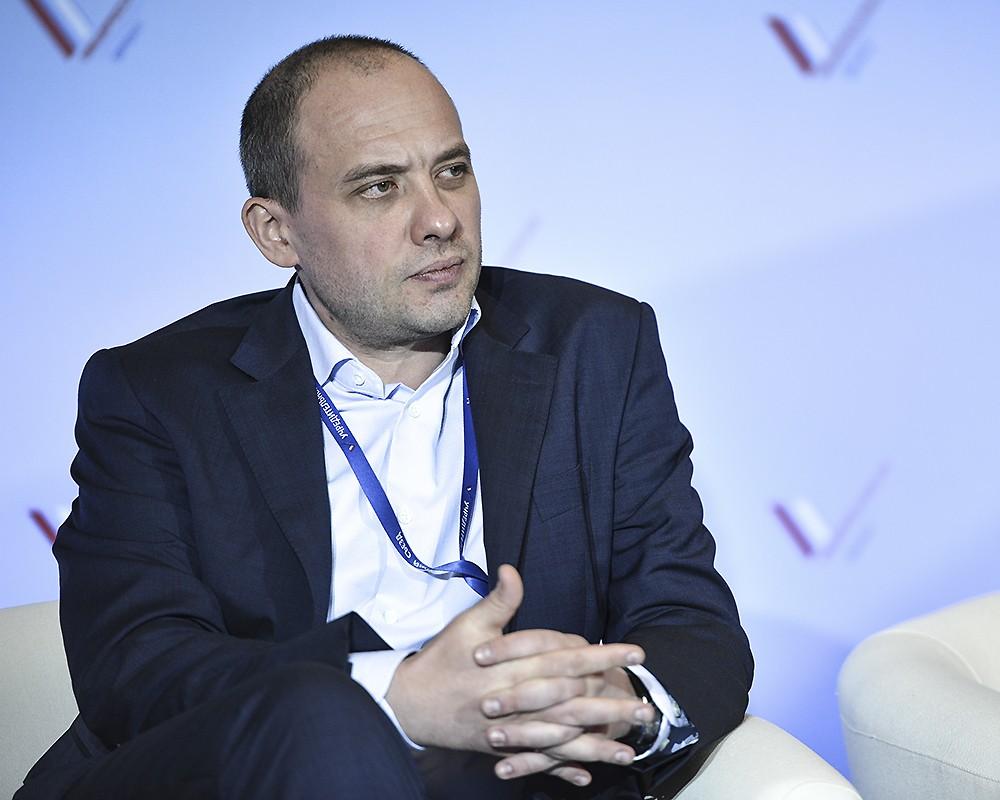 Глава фонда ИСЭПИ Дмитрий Бадовский