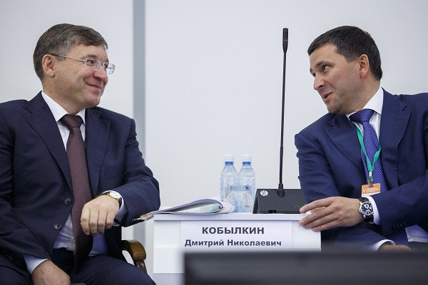 Владимир Якушев (слева) и Дмитрий Кобылкин