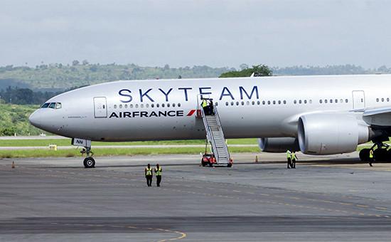 Boeing 777 авиакомпании Air France в аэропорту города Момбаса