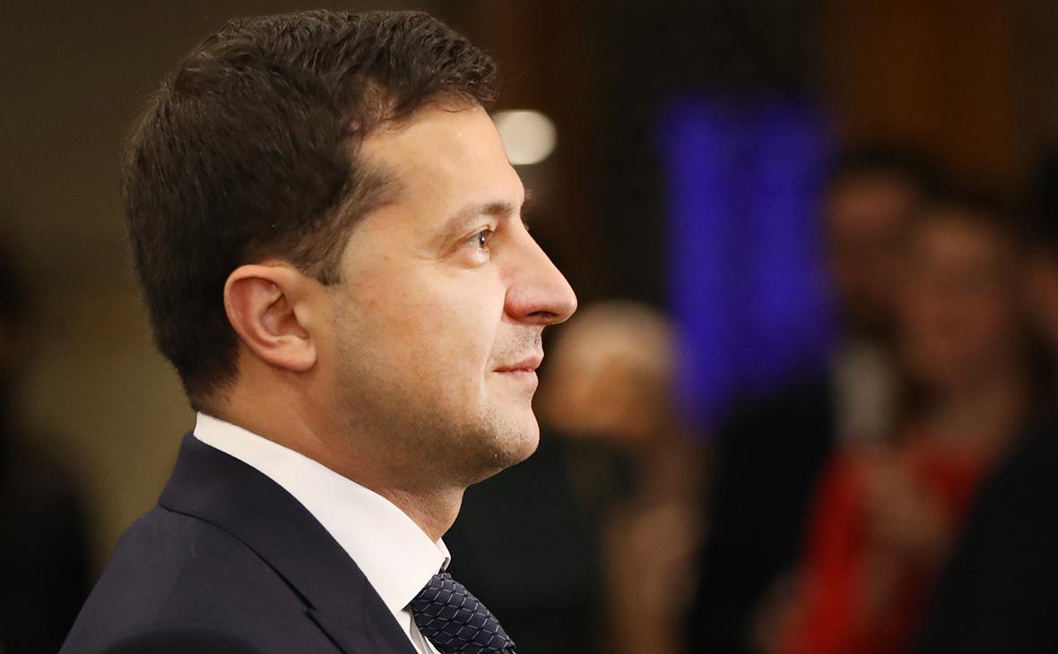 Зеленский внес в Раду законопроект о разгоне Конституционного суда