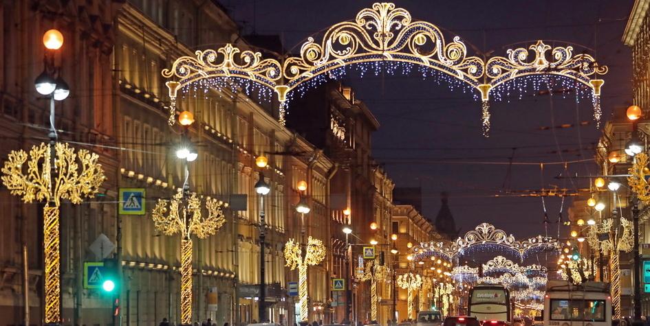 Цены на жилье в Москве и Петербурге достигли исторического максимума