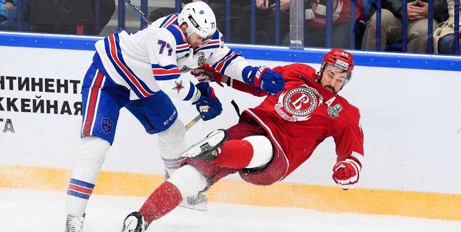 Матч КХЛ между СКА и «Локомотивом»