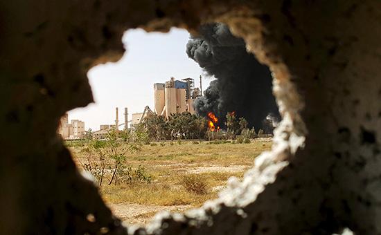 Завод в Бенгази. Ливия