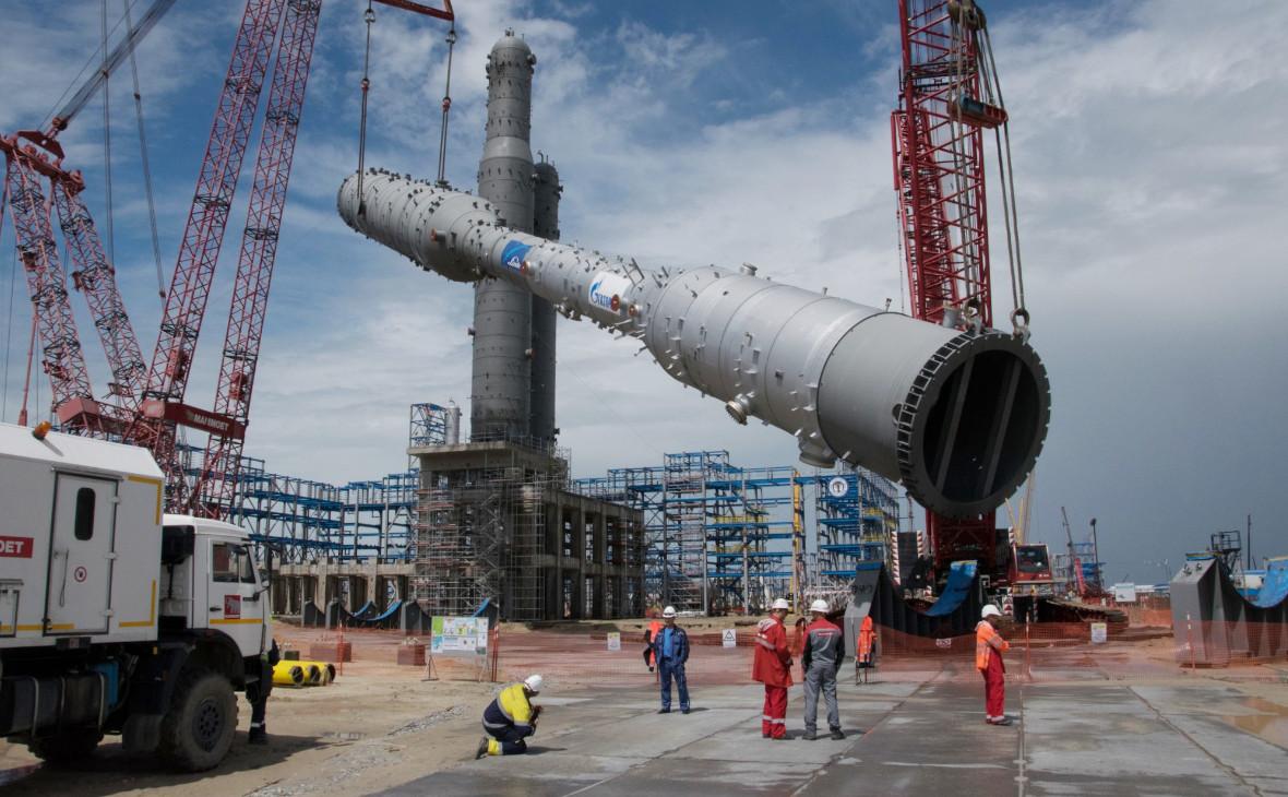 Установка колонны на Амурском газоперерабатывающим заводе