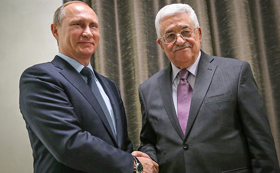Президент РФ Владимир Путин ипрезидент Палестины Махмуд Аббас (слева направо)