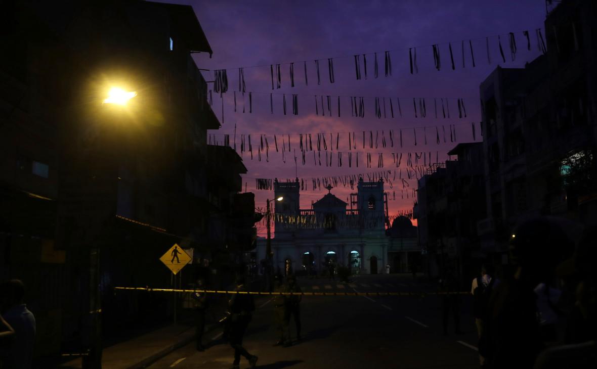 Госдеп распорядился вернуть детей американских дипломатов со Шри-Ланки