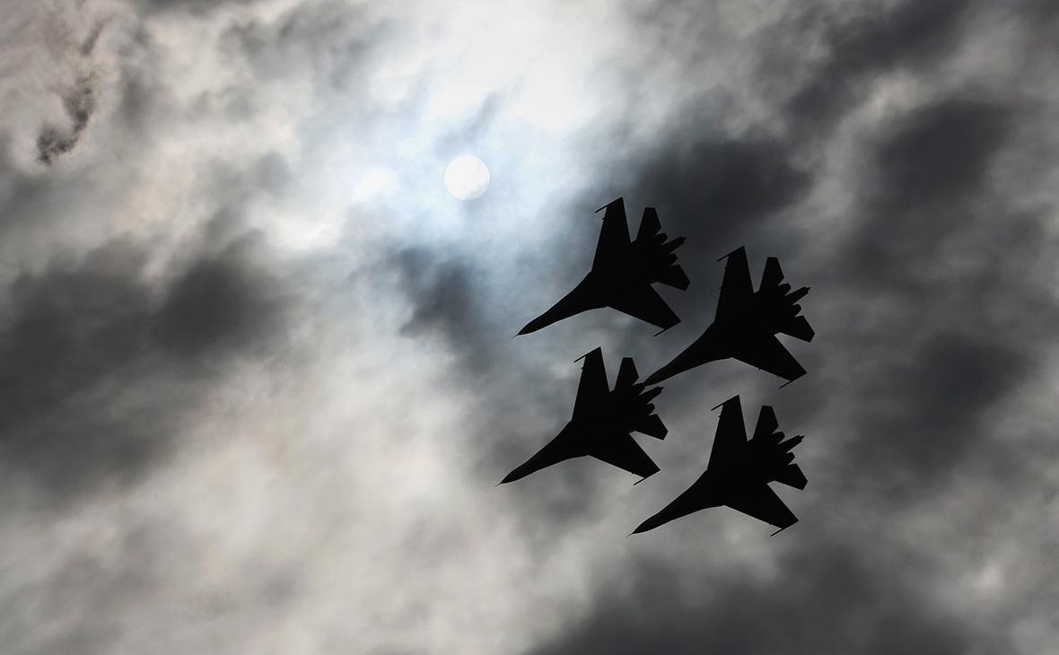Российские истребители Су-27