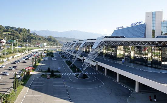 Вид на международный аэропорт в Сочи