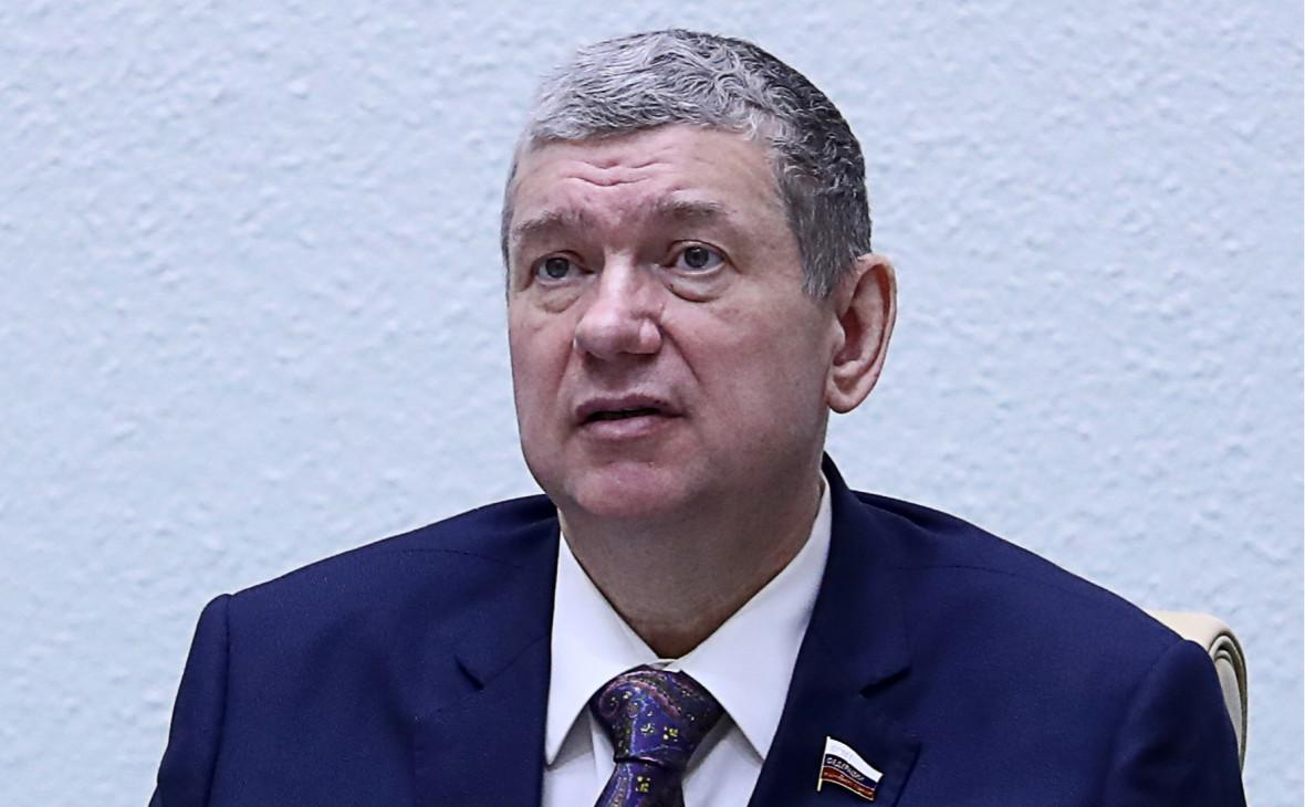 Помер віце-спікер Ради Федерації Росії, який закликав завдати точкових ударів по Україні
