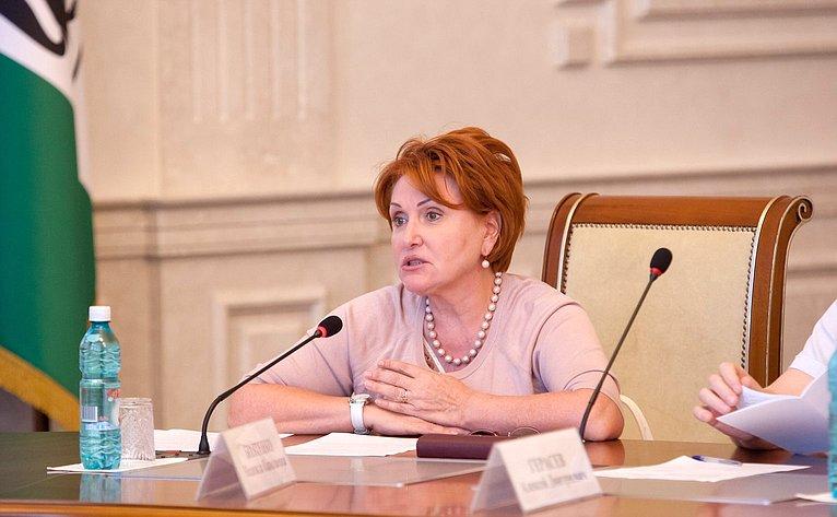 Уполномоченный по правам ребенка в Новосибирской области Надежда Болтенко