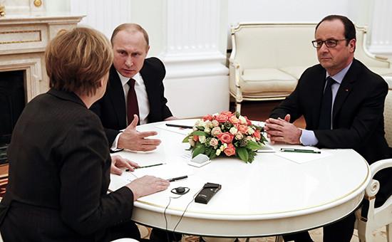 Ангела Меркель, Владимир Путин и Франсуа Олланд (слева направо)