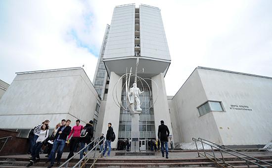 Вид на здание МГТУим. Баумана