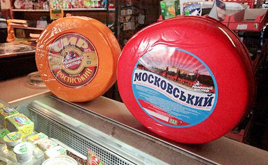 Украинские продукты на прилавке магазина