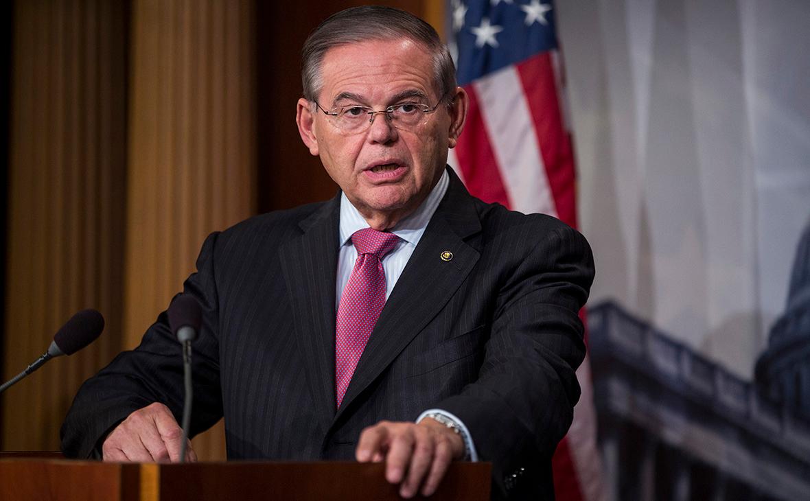 Сенатор решил убедить Трампа продлить договор о ядерном оружии с Москвой